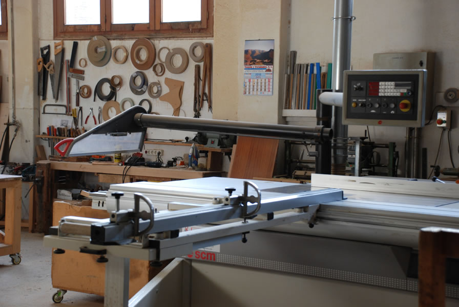 Carpinter a la art stica - Carpinterias de madera en valencia ...